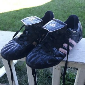 🥳1/2 off sale!!Adidas girls soccer spikes